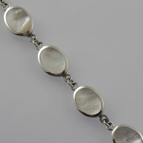 White mother of pearl oval bracelet