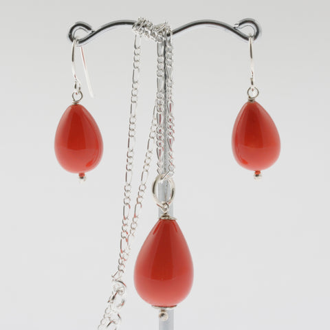 Shell earring, pendant and chain set in coral, drop
