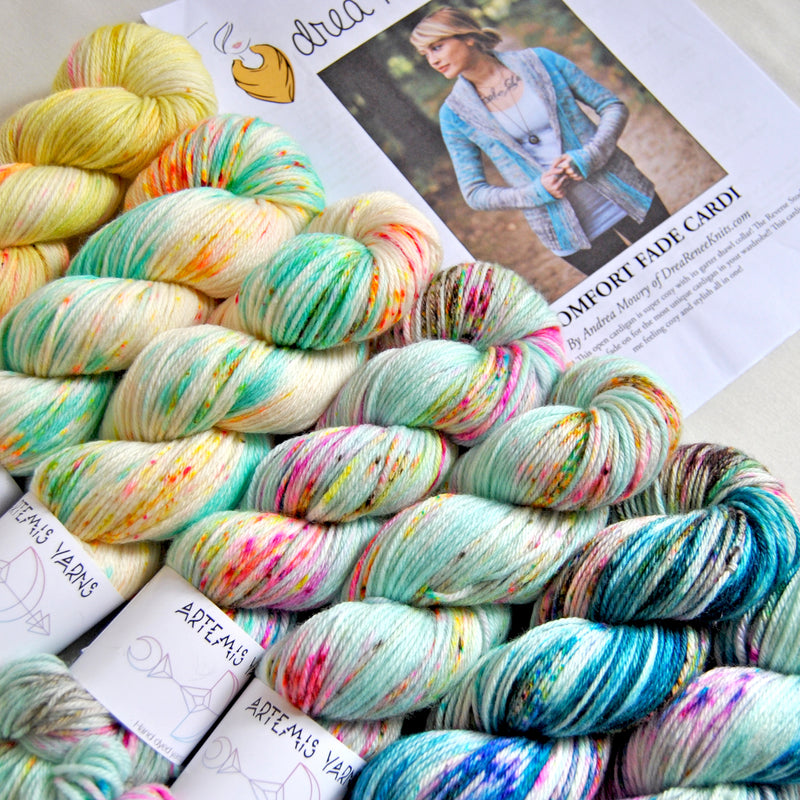 Pre order - Comfort fade cardi Mermaid on the Beach - DK merino