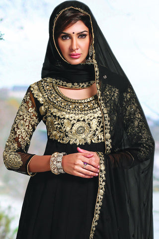 Designer Anarkali:atisundar splendid Black Designer Party Wear Embroidered Anarkali - 11885 - atisundar - 4