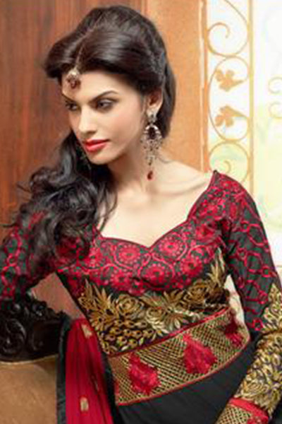 Zareena: Magnificent Semi stitched Salwar Kameez In Black and Red - 4191 - atisundar - 4 - click to zoom