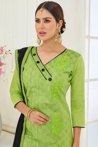Designer Straight Cut:atisundar classy Green Designer Party Wear Straight Cut - 14148