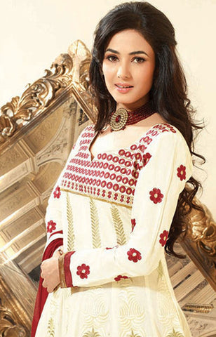 Sonal Chauhan in a Smart Embroidery Off-White Unstitched Salwar Kameez By atisundar - 3035 - atisundar - 4