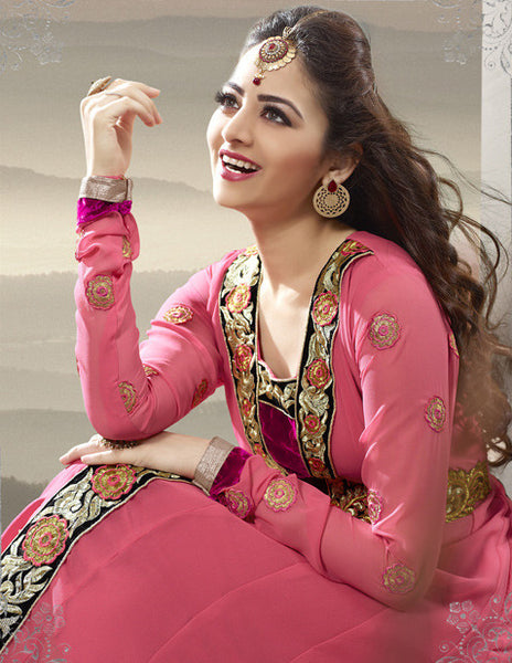 Elegant Collection For Special Occasion:atisundar charming   in Peach - 5185 - atisundar - 4 - click to zoom