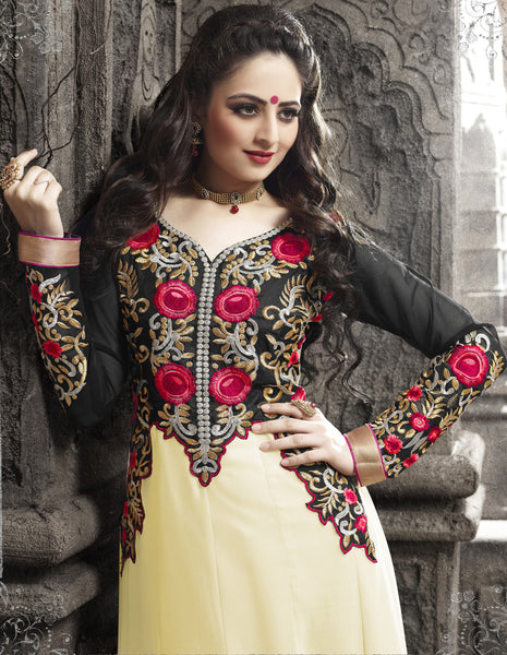 Elegant Collection For Special Occasion:atisundar enticing   in Cream And Black - 5190 - atisundar - 4 - click to zoom