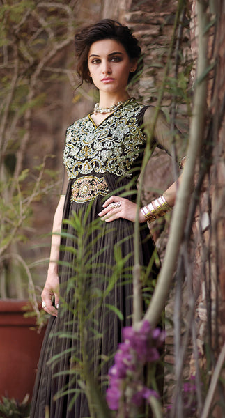 Designer Gowns!:atisundar Smart Net Designer Partywear Gowns in Black - 7103 - click to zoom