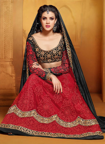 Designer Embroidered Anarkali:atisundar Smart Black And Red embroidered Party Wear Anarkali - 6688 - atisundar - 5