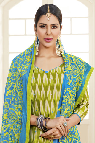 Designer Printed Straight Cut Suits With Mirror Work:atisundar delicate Green Designer Embroidered Party Wear Straight Cut - 14636