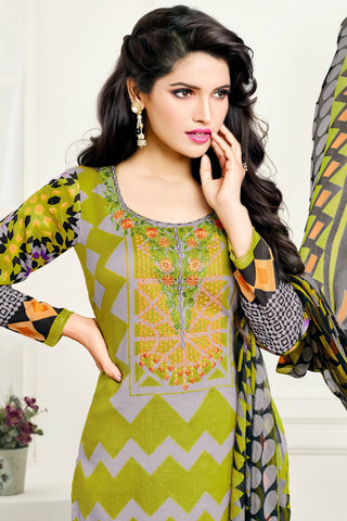 Designer Straight Cut:atisundar dazzling Green Designer Party Wear Straight Cut - 12993