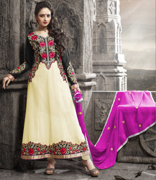 Elegant Collection For Special Occasion:atisundar enticing   in Cream And Black - 5190 - click to zoom