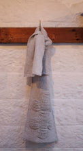 Load image into Gallery viewer, Nancy Scarf in Earl grey (Chunky)