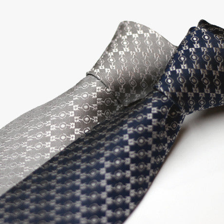 Flatspiracy Necktie in Navy and Grey by Blipshift
