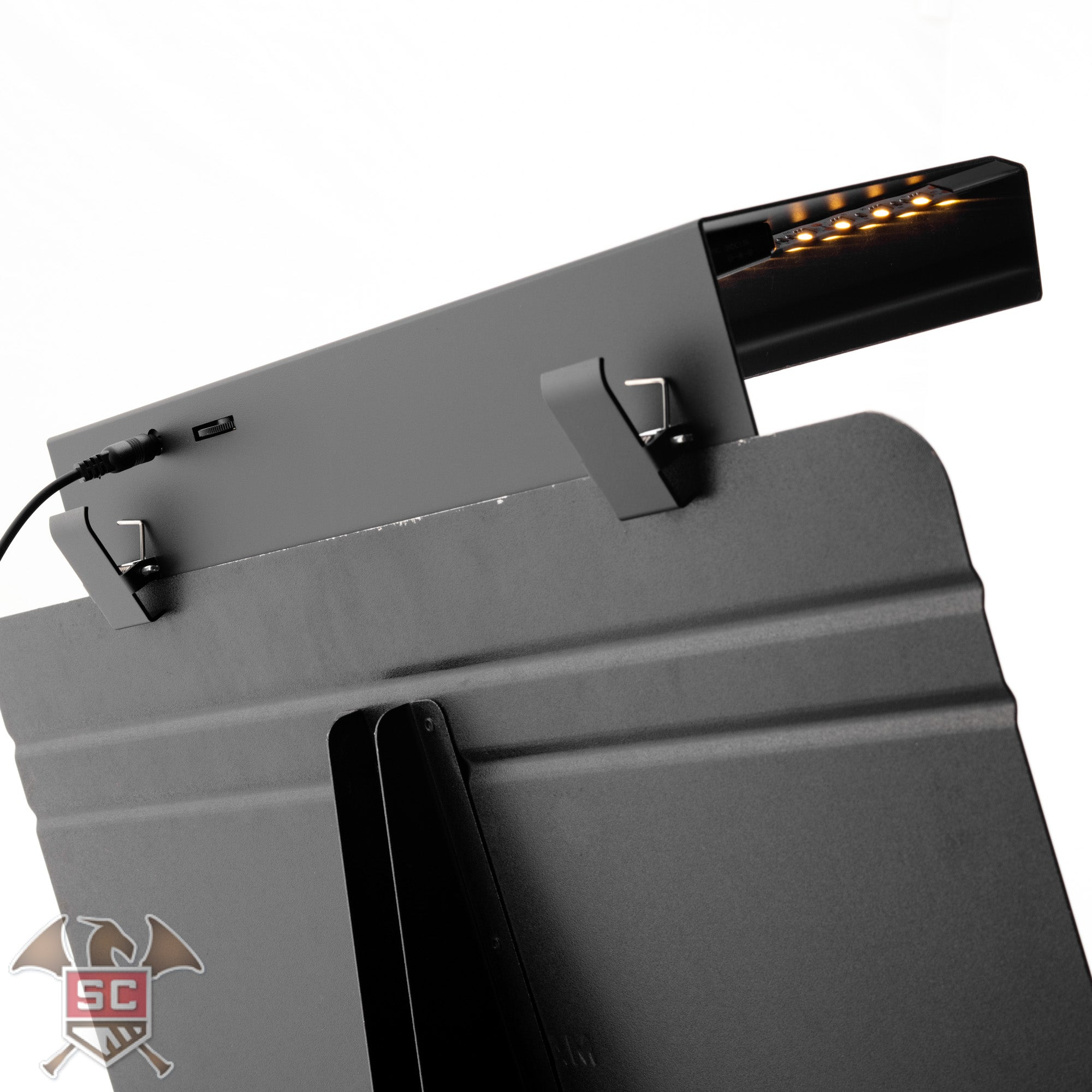 The Aria Forte model music stand light.