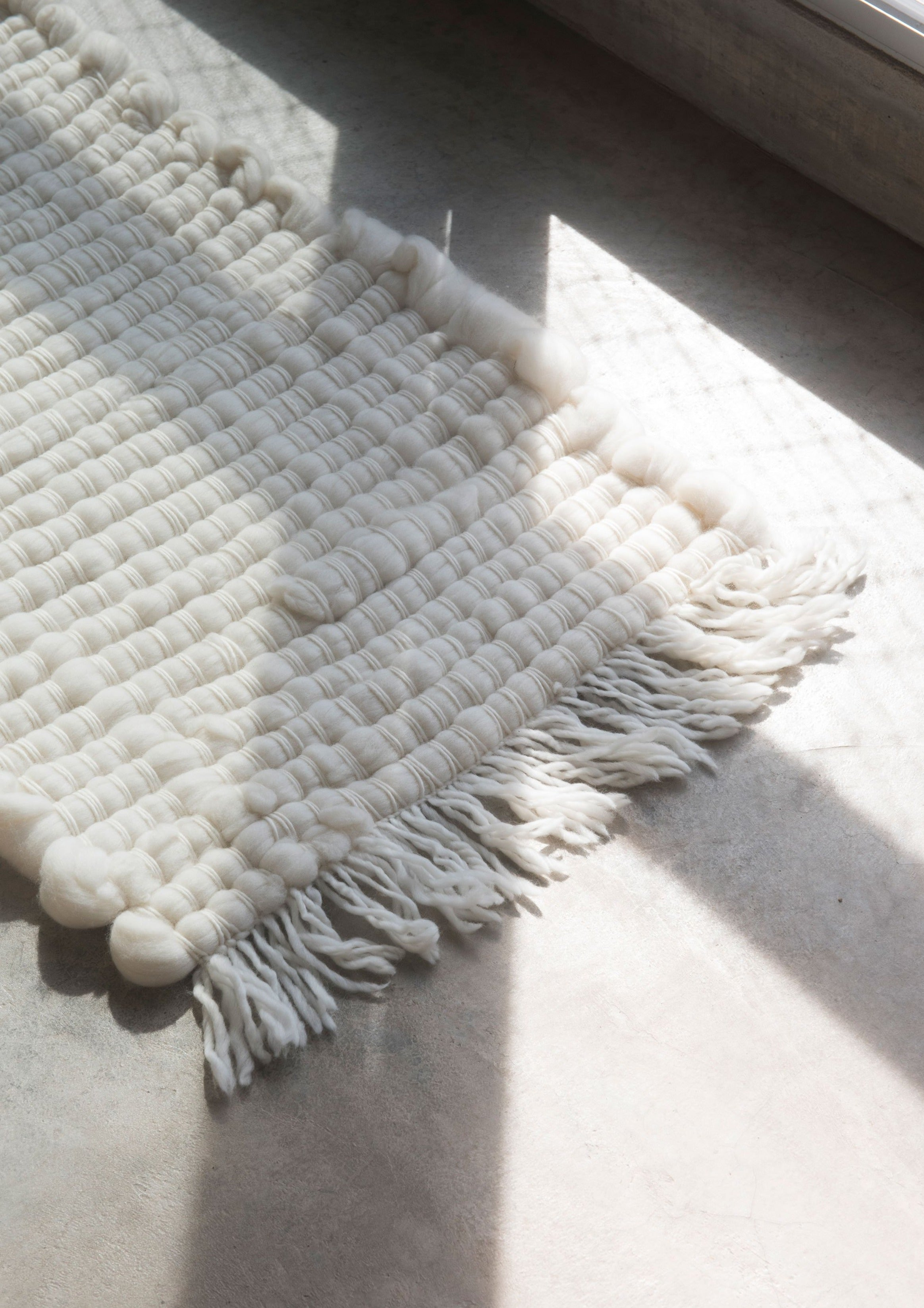 PRADERA Mini Rug in Ivory
