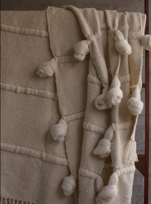 KNOT Queen Blanket in Ivory