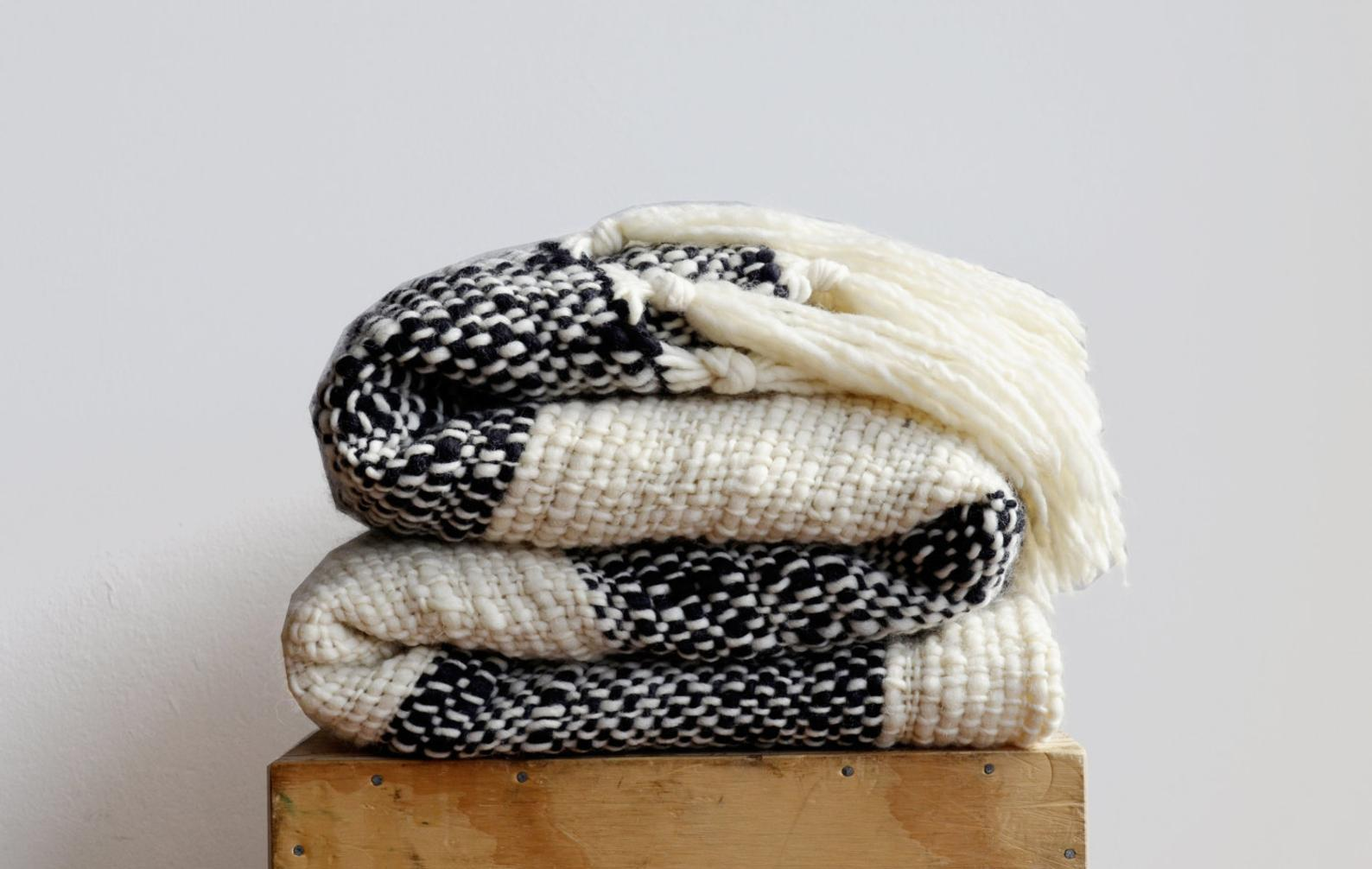 CERRO Black and Ivory Blanket