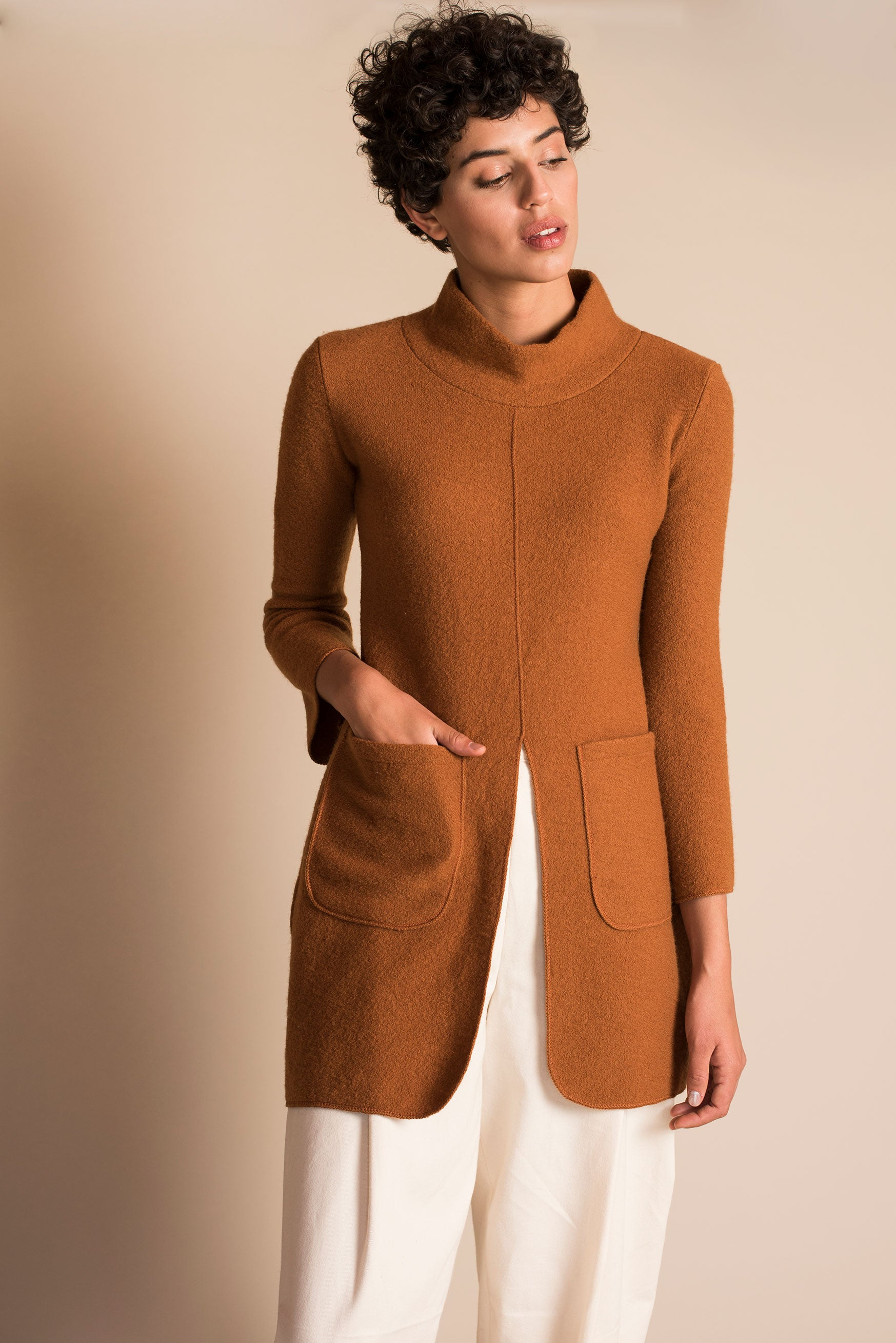 NEPTUNO Sweater Dress in Whisky