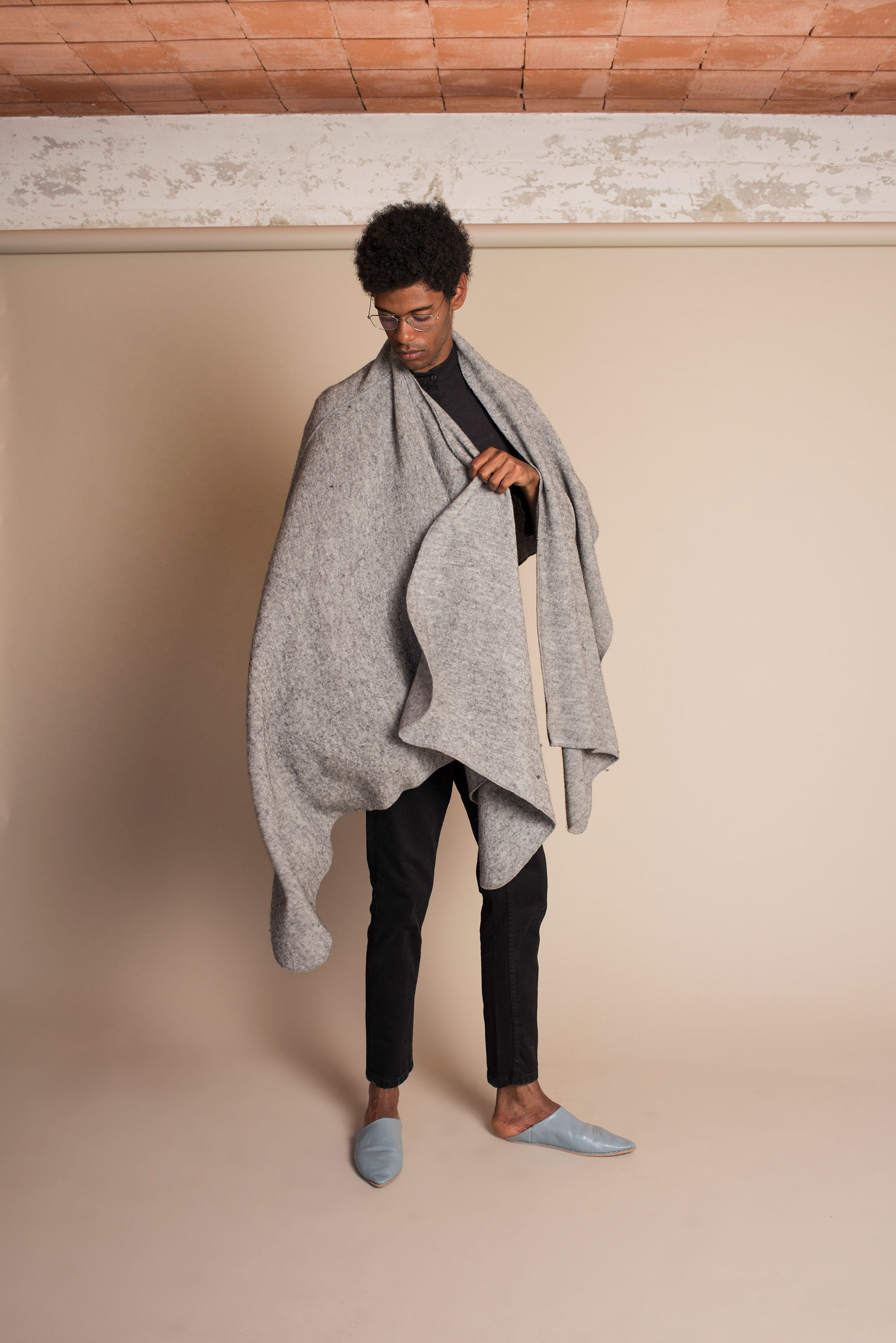 SHELTER Ruana in Grey Melange