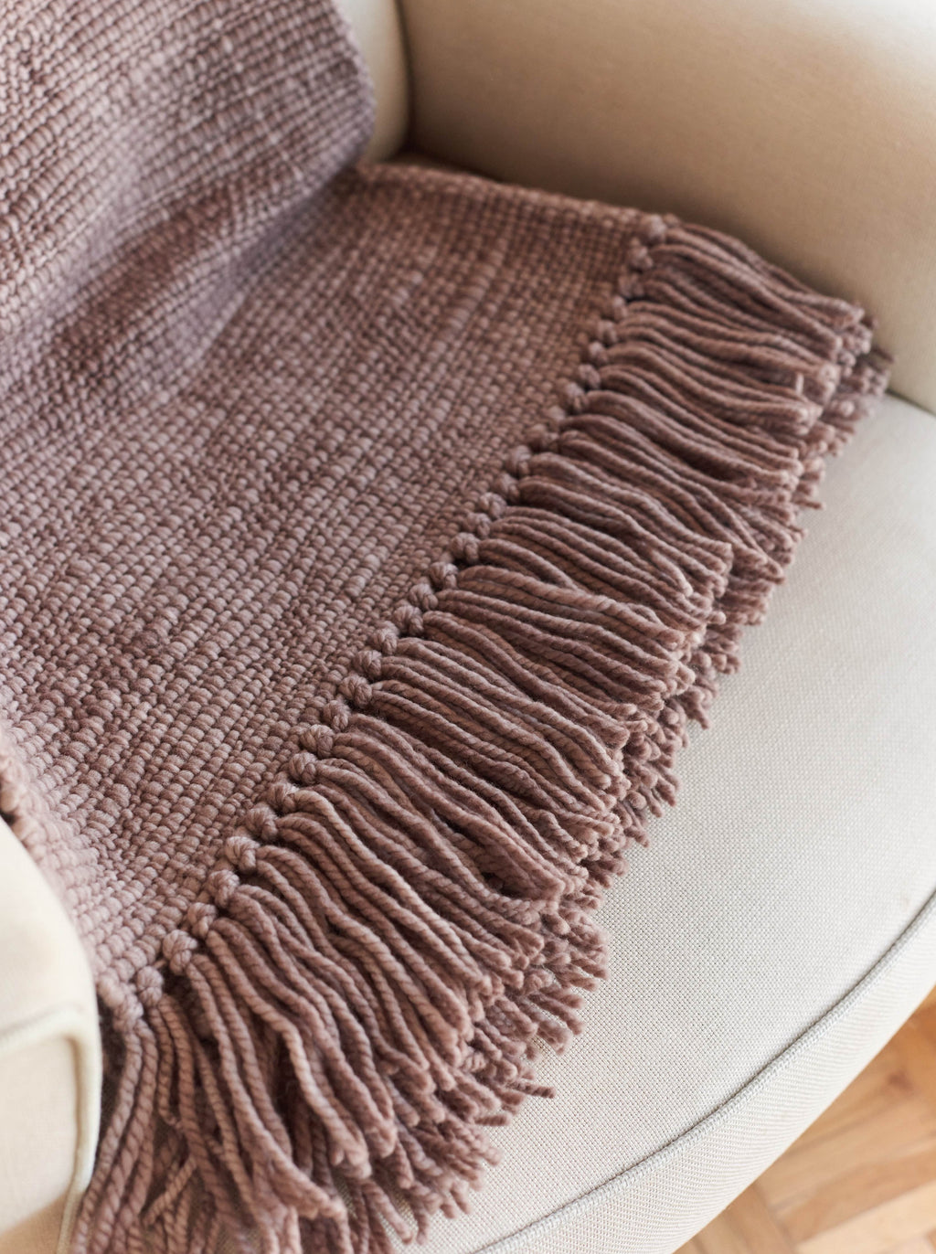 AROMA Throw Blanket in Bison