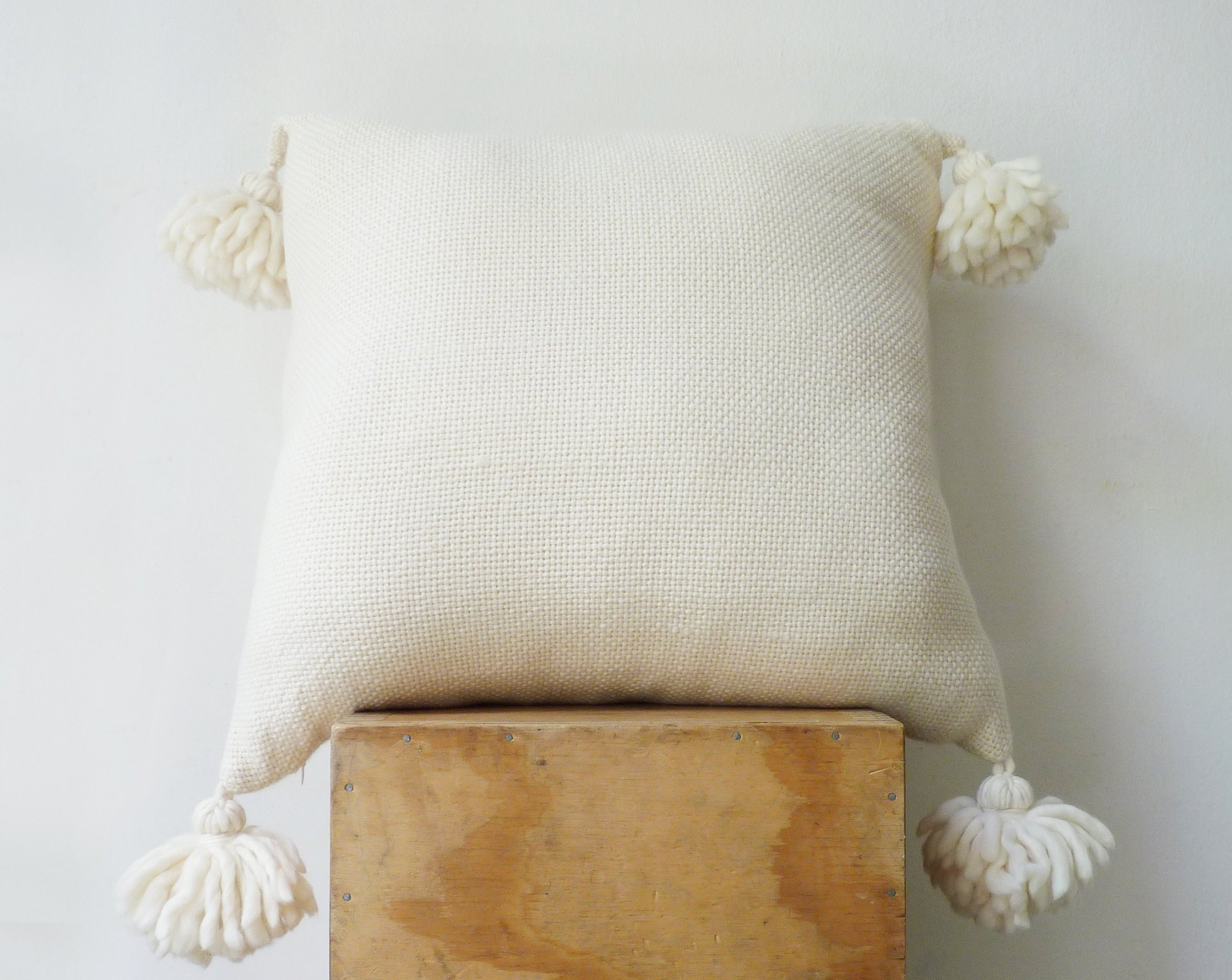 CIELO Cover Cushion in Ecru