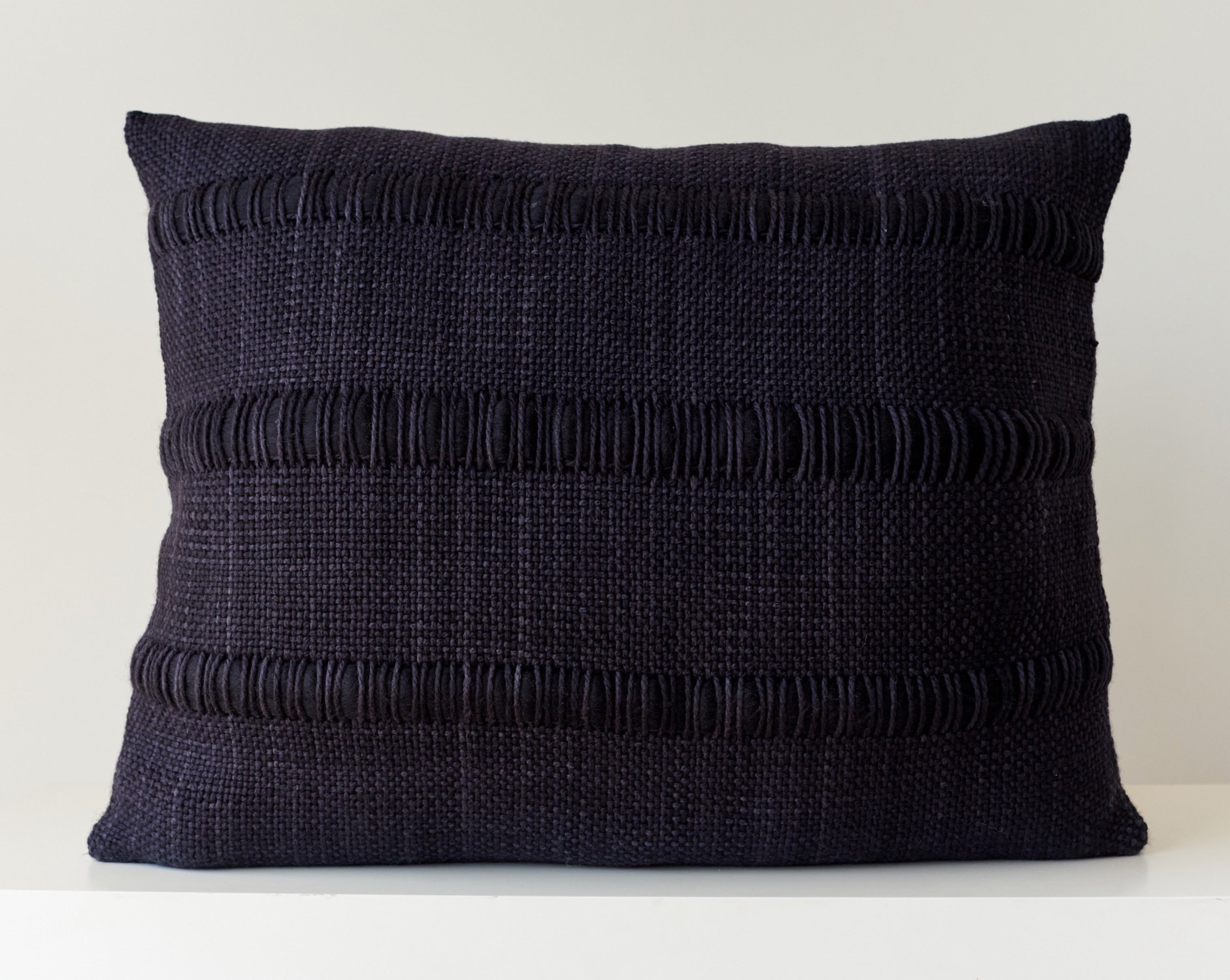 APOLO Pillow Black