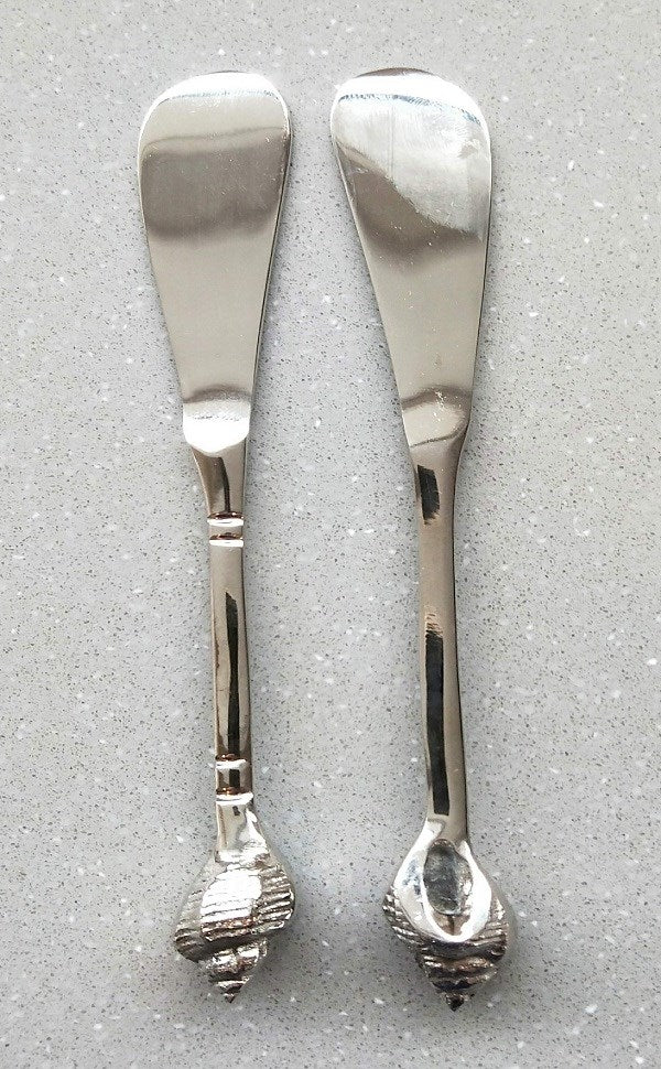 Stainless Steel and Brass shell spreaders Set of 2