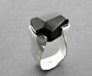 Large Faceted Onyx Ring - Size 8