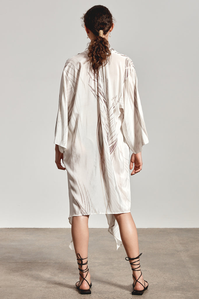 'AALYIAH' KAFTAN, WHITE DHINAWAN PRINT - ARRIVING END NOV