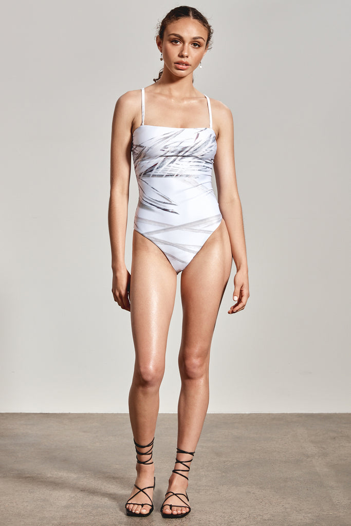 'ALINTA' ONE-PIECE, WHITE DHINAWAN PRINT