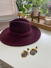 Load image into Gallery viewer, Tiffany Hat