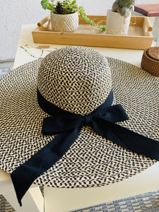 Shelly Floppy Hat