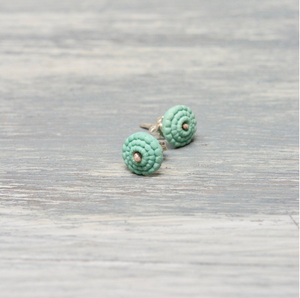 Studs in celadon green porcelain - Bubble.