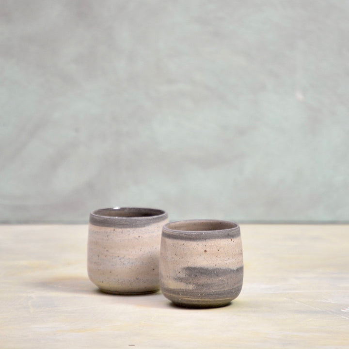 Lazy & Relax Recycled N&S - ristretto cups no handles - set of 2 in marbled clay with a bit of black.