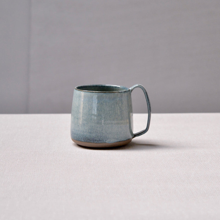 Lazy & Relax mug in Deep sea glaze on dark body