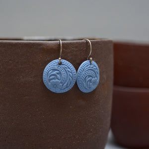 Flower swirls earrings - Unglazed matt heavenly blue - small earwire