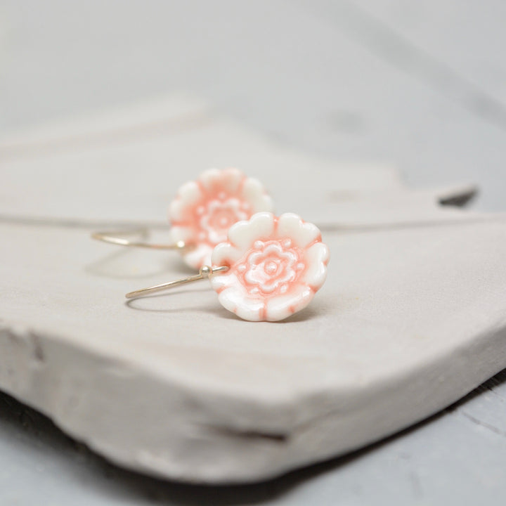 Fleur Du Joly earringss - White & peach gloss - small earwire