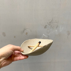 Organic shaped Palo Santo holder - Recycled N+S