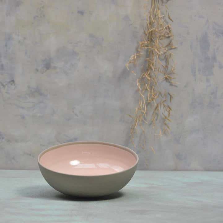 Stone & Color medium bowl -  Soft pink with grey 15x5cm.