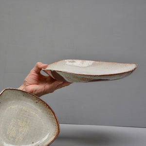 "Triangle low dish [big 12""] - in Milky Canvas."
