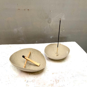 Organic shaped incense holder - Recycled N+S