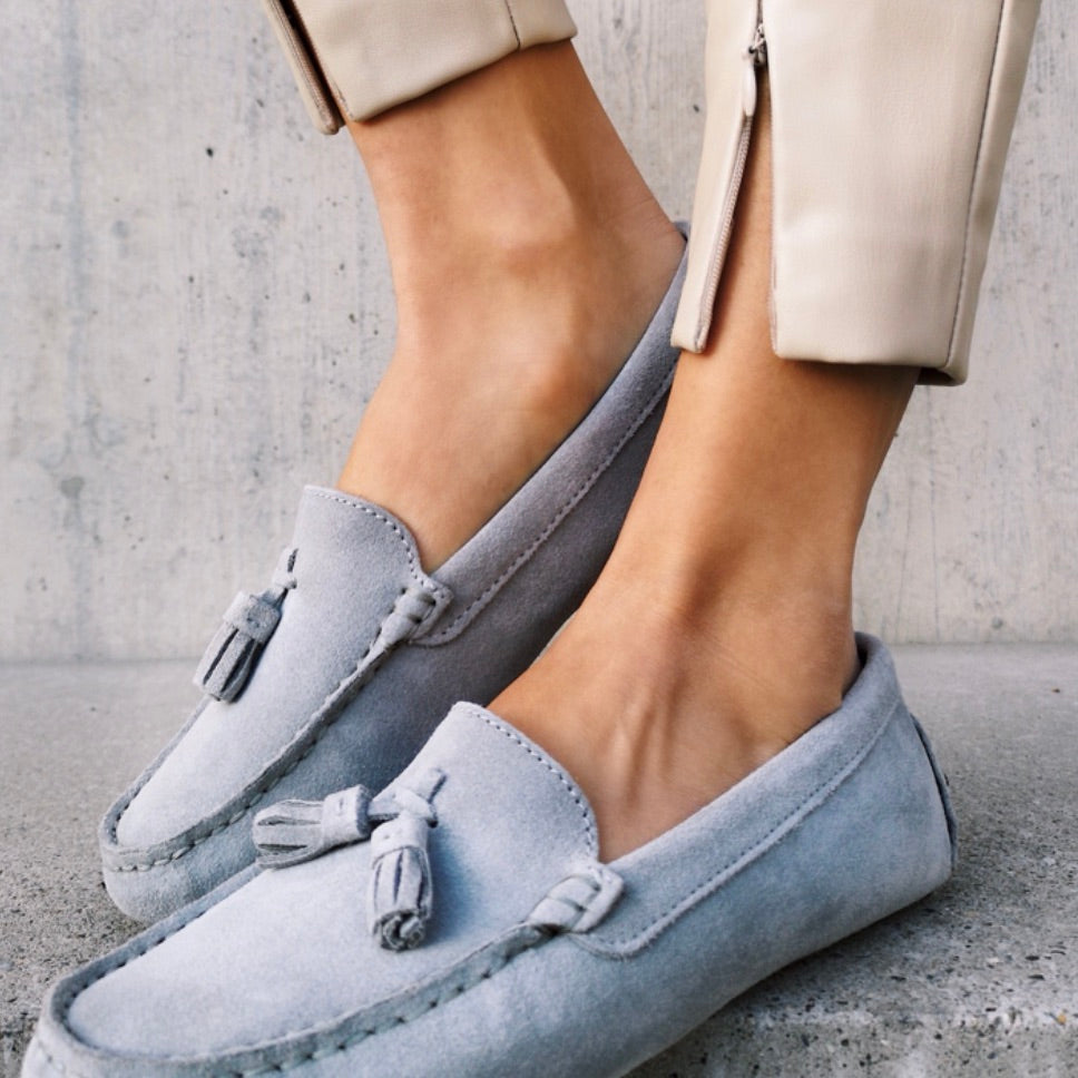 Hugs & Co. dove grey loafers