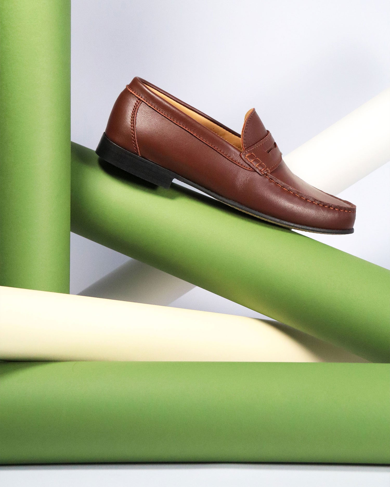 Hugs & Co. brown leather loafers