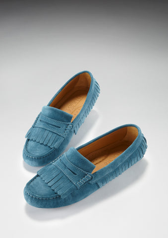 Hugs and co fringed women's loafers