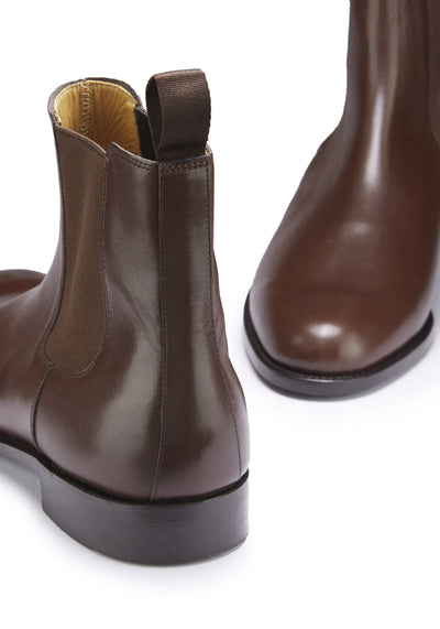 Chelsea Boots Brown Leather Front and Back