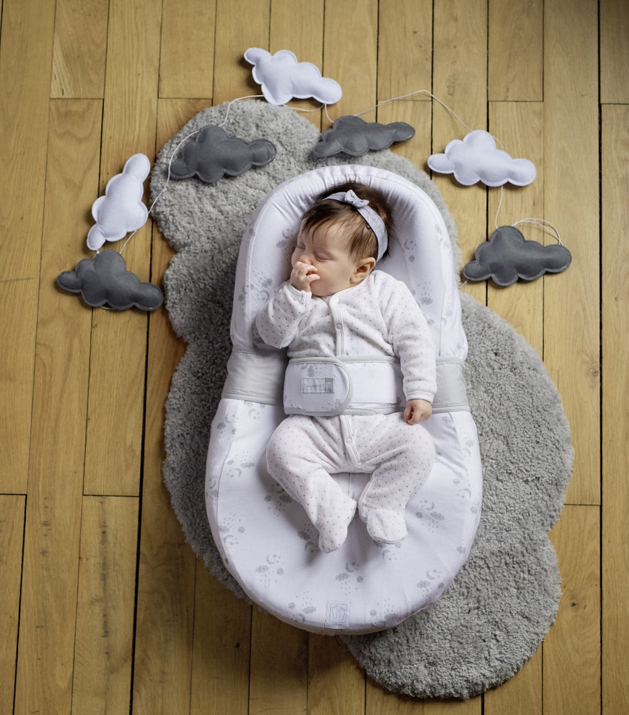 Baby asleep in Cocoonababy