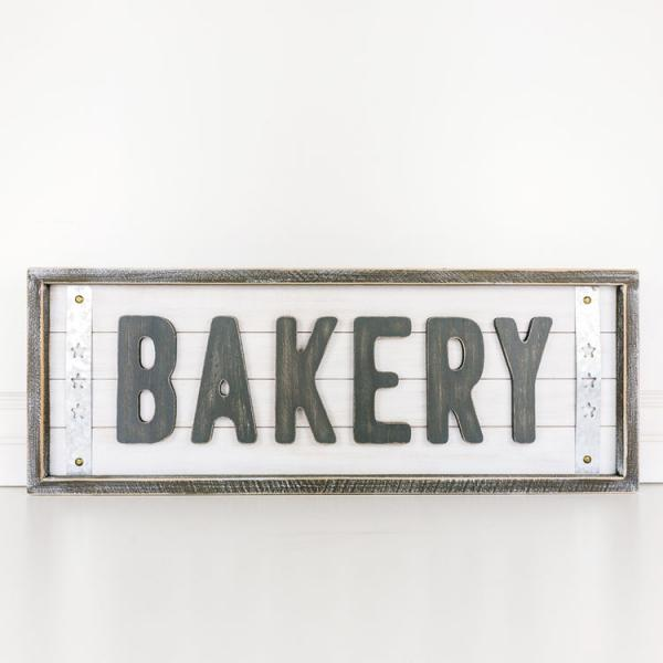 "Shiplap ""Bakery"" Sign - Bloom'n Things"