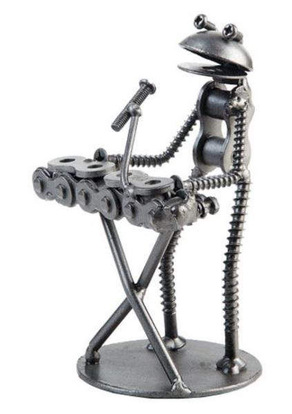 Recycled Art - Metal Frog Keyboard - Bloom'n Things, LLC