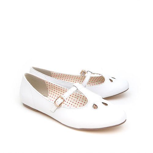Everline White Flats *SALE*