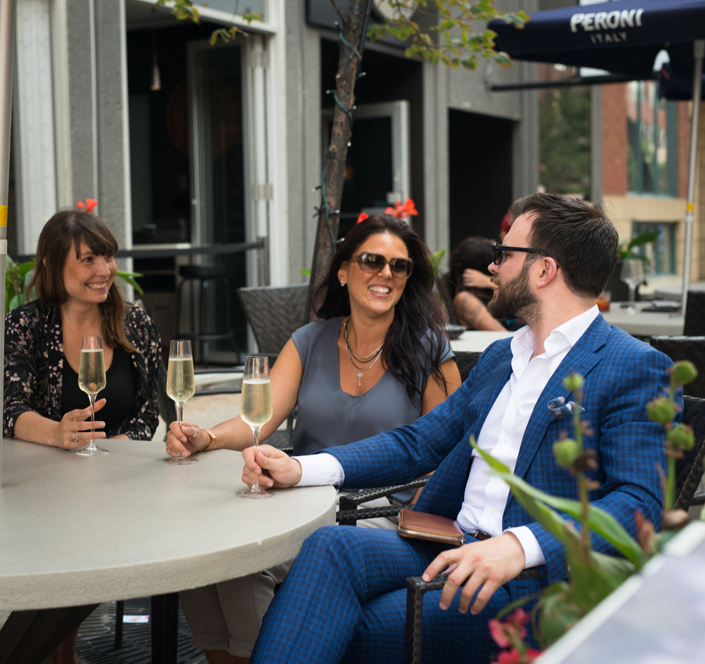 THE 8 BEST EDMONTON PATIOS TO SOAK UP THE SUMMER (AND WHAT TO WEAR THERE)