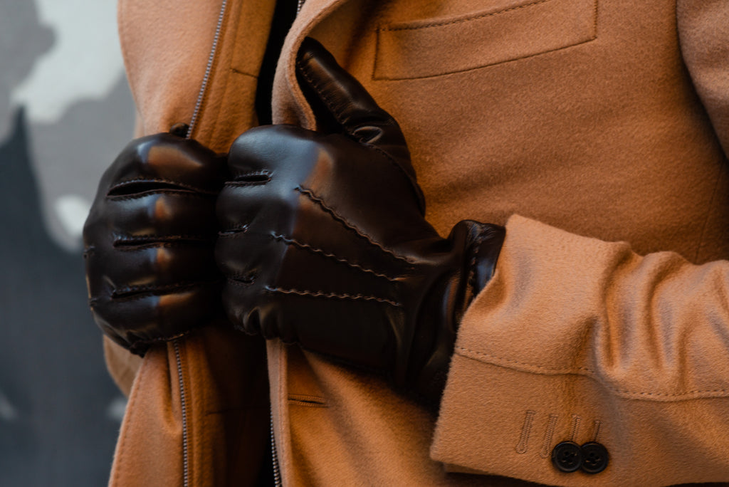 How to buy and care for leather gloves